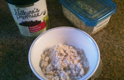Ground Rolled Oats and Almond Pulp